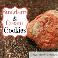 Strawberry and Cream Cookies