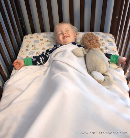5 great tips on how to keep a baby or toddler warm at night