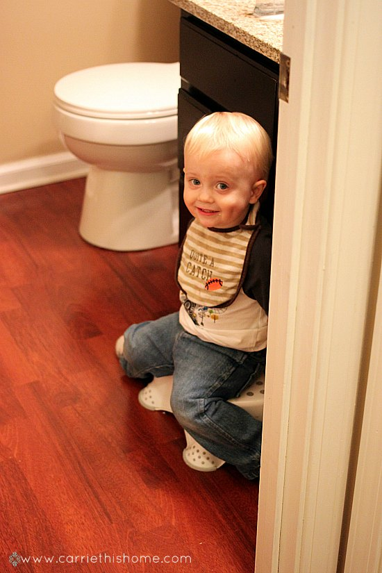Who knew a kid in time out could be so cute