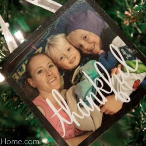Easy Instagram Photo Ornaments
