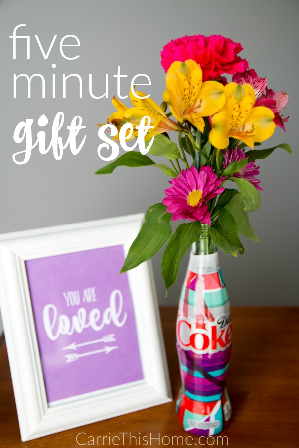 Brighten up someone's day with this 5 minute gift set! Comes with 3 different free printable designs to choose from! #UniquelyMine #ad