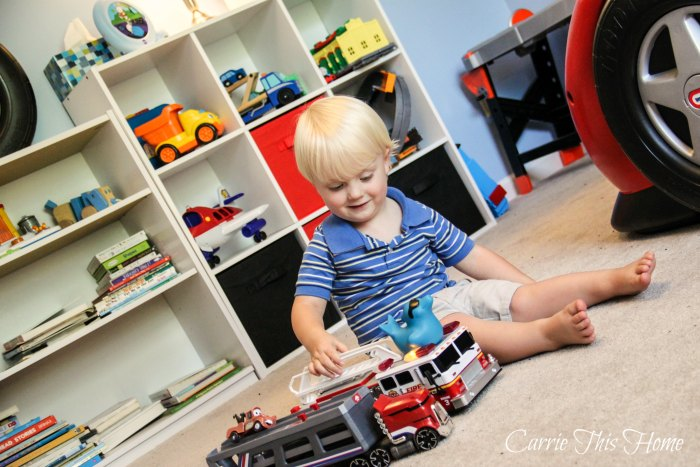 Enjoy more time with your kids with these easy ways to tackle kids clutter!