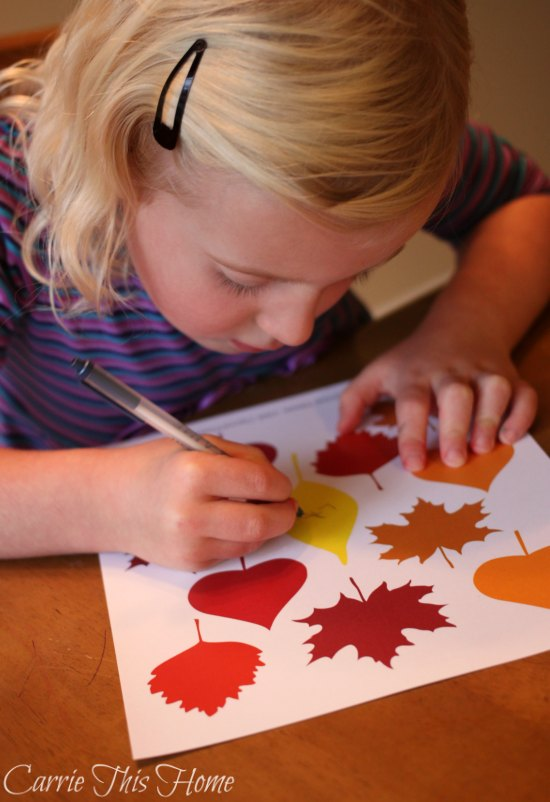 This thankful tree activity helps kids work on handwriting while teaching thankfulness all at the same time!