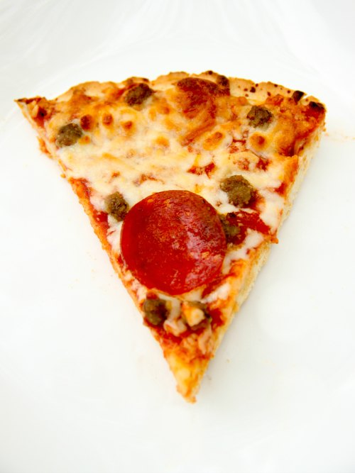 With Tony's Pizza you get authentic Italian pizzeria taste right in the comfort of your own home!