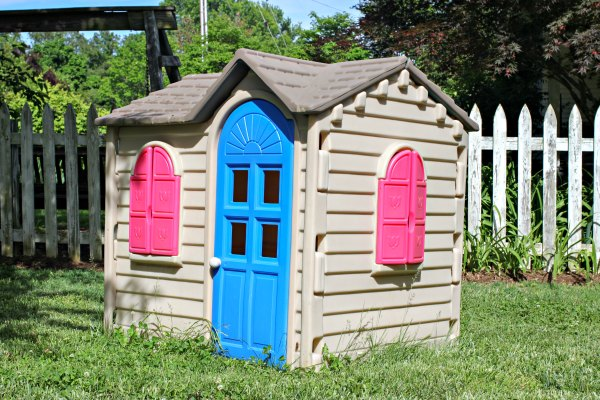 Little Tikes House before