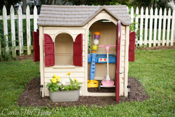 Use those play houses for extra storage!