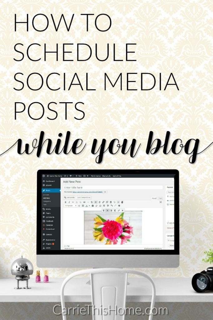 How to schedule social media posts while you blog
